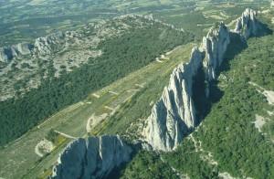 The Dentelle de Montmirail from above
